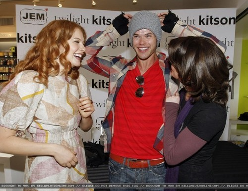 """Kitson Hosts Special """"Twilight"""" DVD Release Party"""