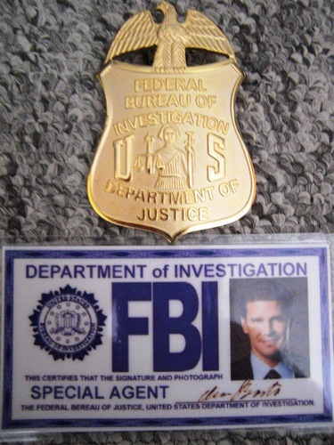 Lucretia`s FBI badge Replica