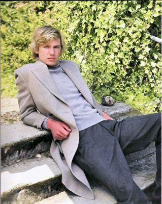 alex pettyfer for burberry. alex pettyfer for urberry.