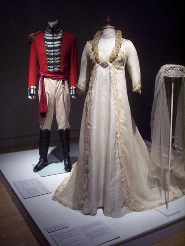 Sense and Sensibility fond d'écran titled Brandon&Marianne's wedding dresses