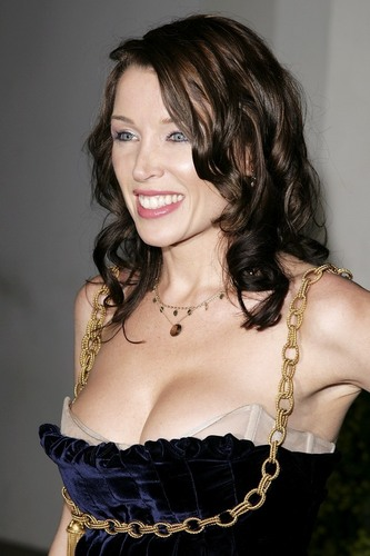 Dannii Minogue breasts