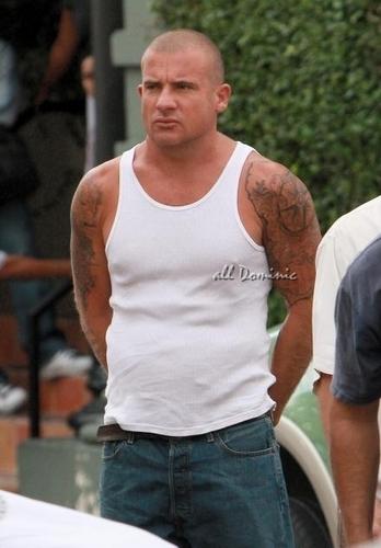 Dominic On Set Of Prison Break <3