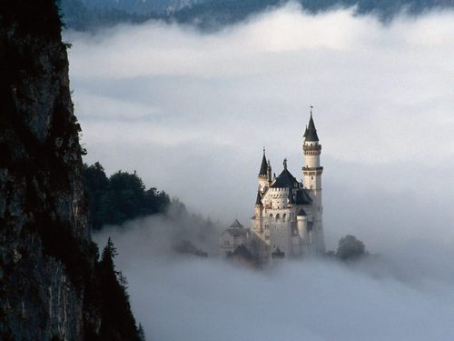 Fairy Tale Castle - fairy-tales-and-fables Wallpaper