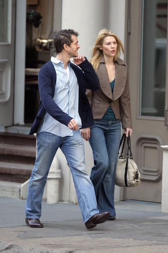 Hugh Dancy hình nền with a business suit, a well dressed person, and a hip boot titled Hugh and Claire