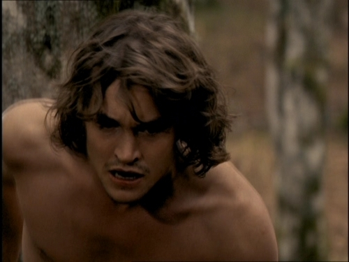Hugh Dancy hình nền containing a một khúc lớn, hunk and skin called Hugh in 'Young Blades'