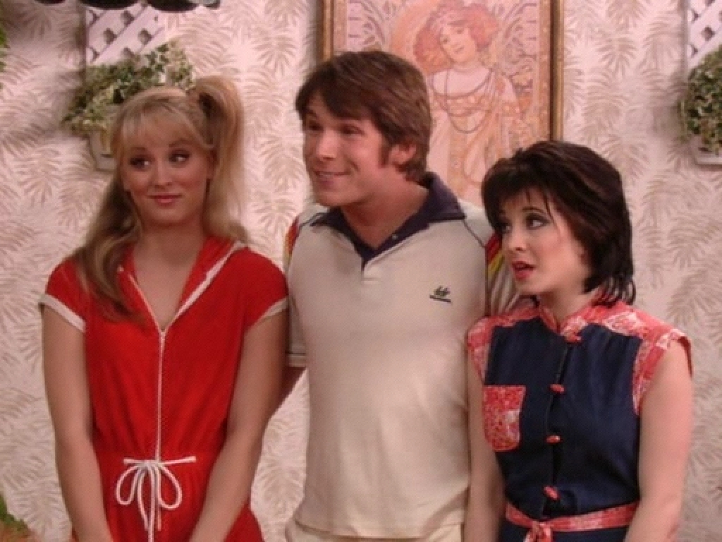kaley on 8 simple rules   kaley cuoco image 5160804   fanpop