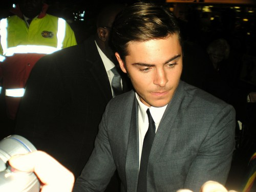 "Zac Efron "" London 17 Again Premiere"
