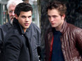 x Rob and Taylor x - edward-cullen-vs-jacob-black photo