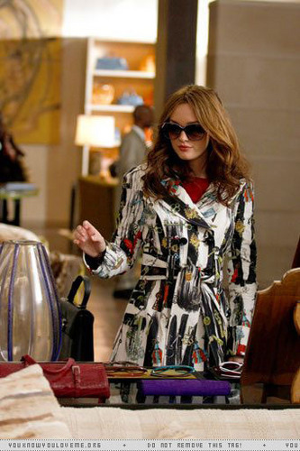 Blair Waldorf kertas dinding possibly with a brasserie and sunglasses titled 2x19 The Grandfather episode stills