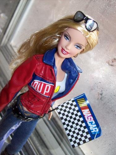 Barbie nascar