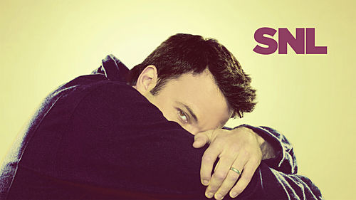 Ben Affleck wallpaper possibly with a hood and an outerwear titled Ben Affleck Hosts SNL: 11/01/2008