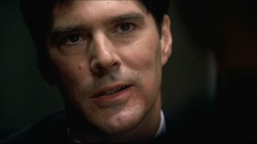 SSA Aaron Hotchner پیپر وال probably containing a business suit and a portrait entitled Hotch