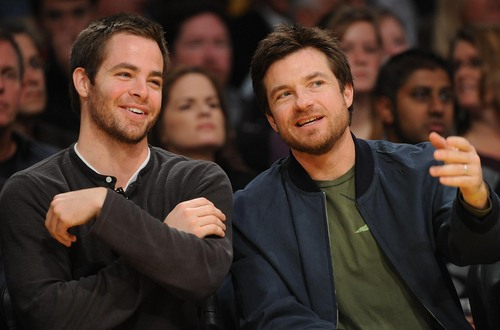 Jason Bateman wallpaper probably with a business suit titled Jason Bateman w/ Chris Pine at Lakers Game