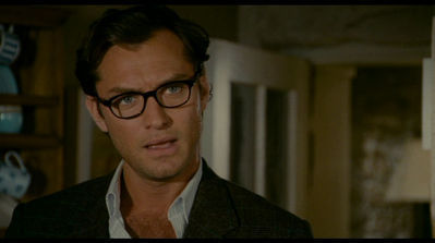 Jude Law in 'the Holiday' - jude-law Screencap