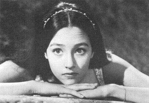 Juliet spying on u