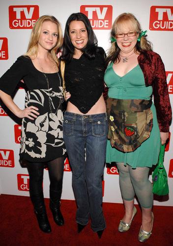 Kirsten, Paget & AJ Cook