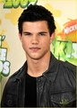 Taylor @ 2009 Kids Choice Awards  - twilight-series photo