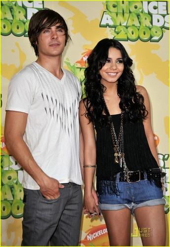 Zac @ 2009 Kids Choice Awards