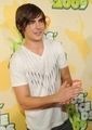 Zac @ 2009 Kids Choice Awards