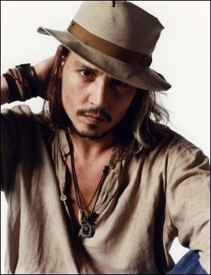 http://images2.fanpop.com/images/photos/5200000/johnny-depp-sexy-johnny-depp-5235458-308-400.jpg