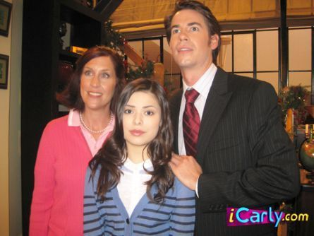 क्रिस्मस on icarly(that was crazy)