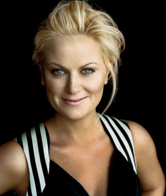 Amy Poehler wallpaper probably containing a portrait titled Elle Photoshoot