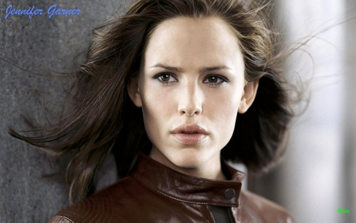 jennifer garner wallpaper containing a portrait entitled Jennifer Garner