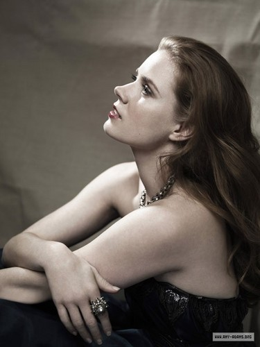 Amy Adams karatasi la kupamba ukuta possibly with skin and a portrait titled LA Confidential Photoshoot