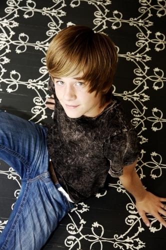 Luke Benward