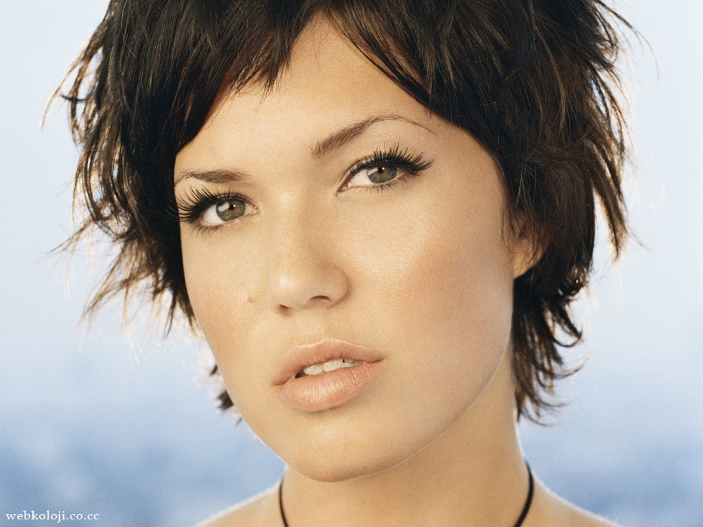 mandy moore how to deal