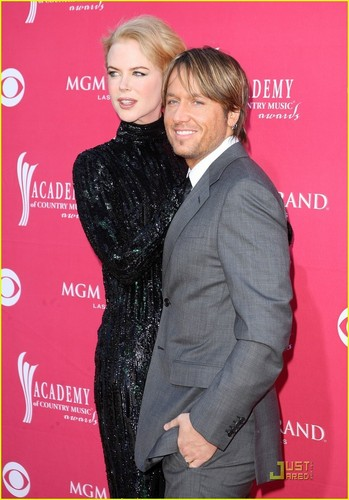 Nicole Kidman - ACMs 2009 with Keith Urban