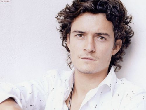 Orlando bloom (the actor who plays Legolas)