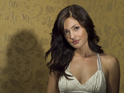 Friday Night Lights wallpaper possibly with attractiveness and a portrait called S2 Promo: Minka Kelly