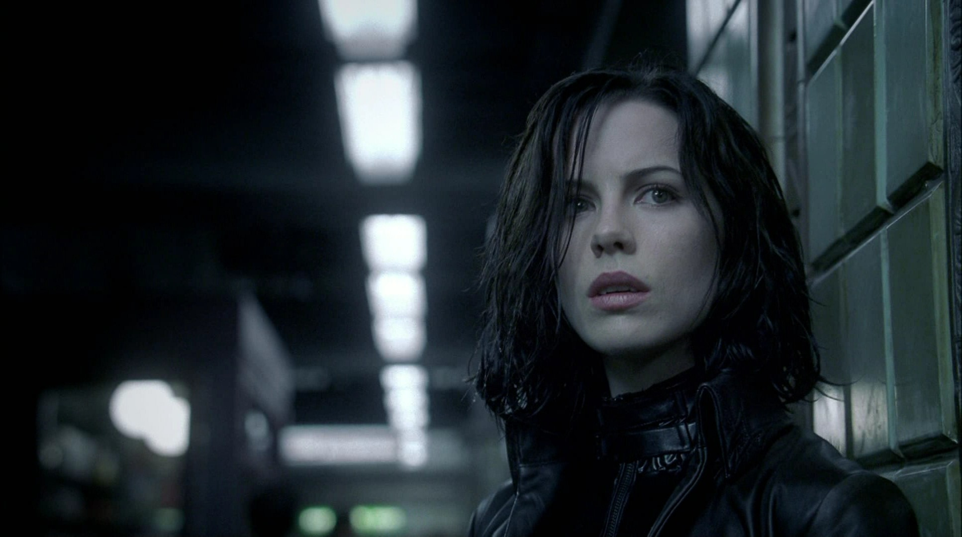 kate beckinsale underworld vs milla jovovich resident