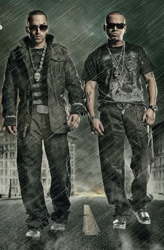 Wisin y Yandel wallpaper containing a green beret, a rifleman, and fatigues titled WiSiN Y YaNDeL