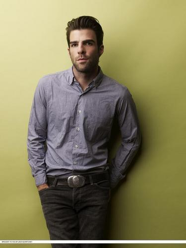Zachary Quinto wallpaper containing an outerwear and a well dressed person titled Zachary Quinto