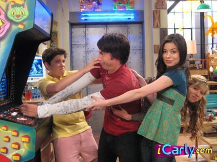 Pac+Rat+Icarly