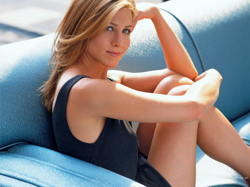 Jennifer Aniston wallpaper possibly containing an automobile and skin entitled jennifer