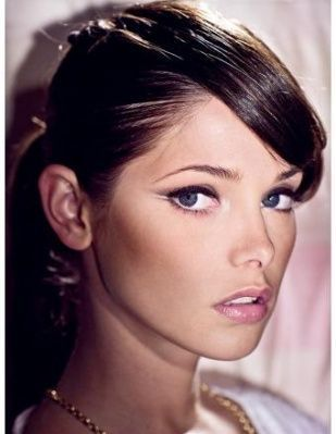 http://images2.fanpop.com/images/photos/5400000/Ashley-3-ashley-greene-5452719-309-399.jpg