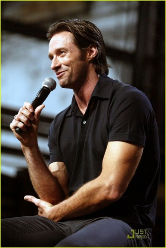 Hugh's first Wolverine Press Conference in Sydney :)
