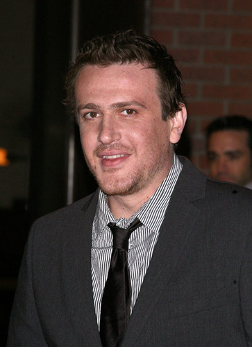 Jason Segel wallpaper containing a business suit, a suit, and a three piece suit titled Jason