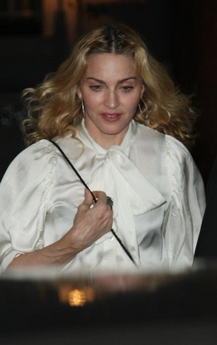 Madonna Helps Italian Earthquake Victims
