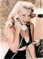 Marilyn Monroe - pin-up-girls photo