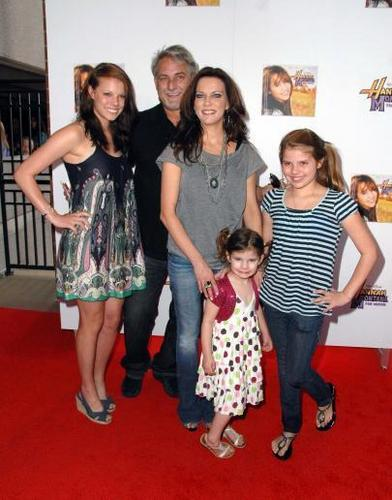 McBride Family - martina-mcbride Photo