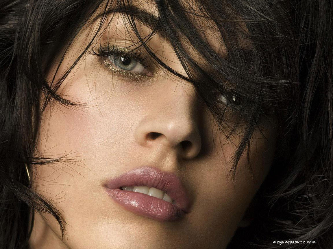 Megan Fox Beautiful Eyes