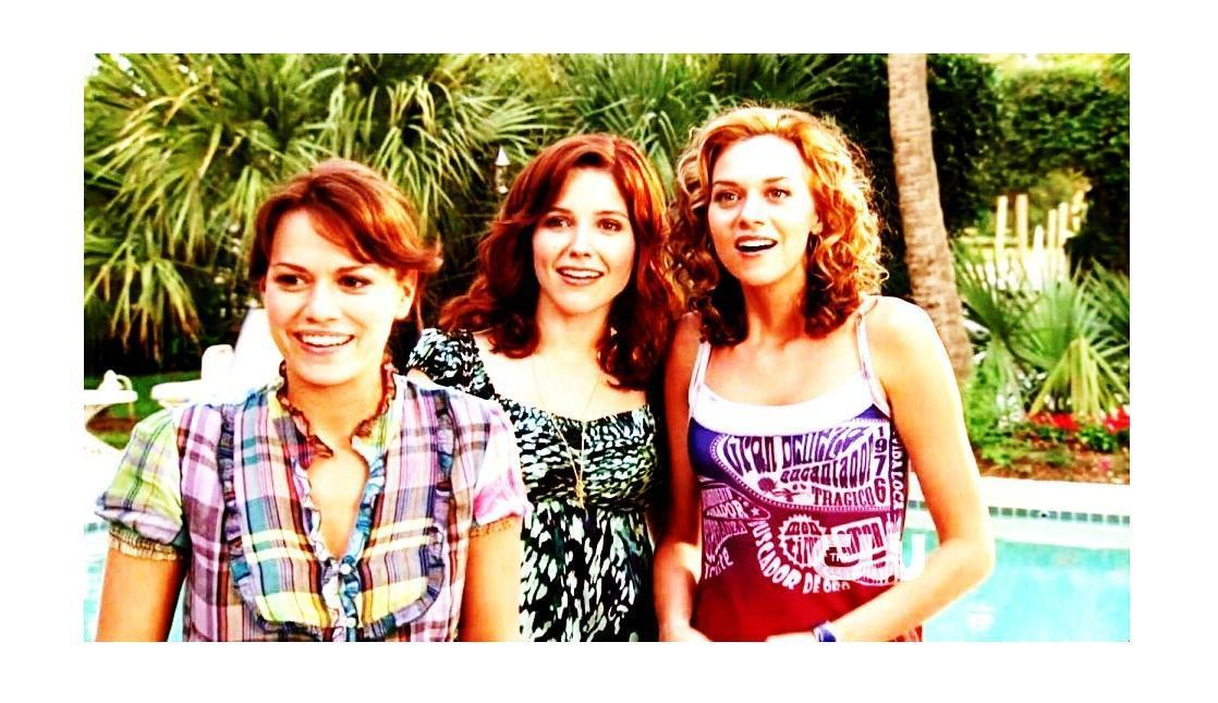 Peyton , Brooke , Haley Peyton-Haley-Brooke-one-tree-hill-5457902-1118-645