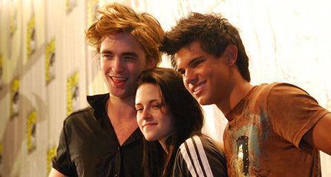 Robert, Kristen and Taylor - edward-cullen-vs-jacob-black Photo