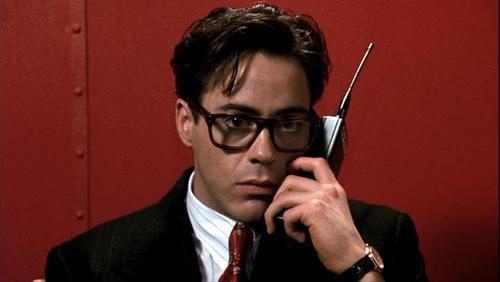 Robert Downey Jr karatasi la kupamba ukuta containing a business suit titled Robert in 'Soapdish'