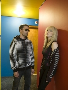 the ting tings Hintergrund containing a portrait titled The Ting Tings