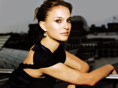 Natalie Portman wallpaper with a leotard and tights called natalie portman